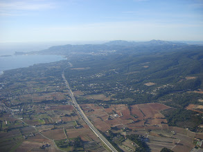 Photo: Le trait de l'autoroute vers la Ciotat