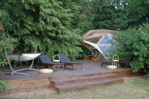 Площадка для свадьбы у воды «Шатер «Сфера»»