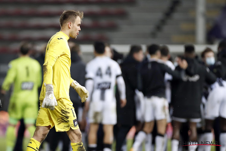 """Timon Wellenreuther nog niet afgeschreven bij paars-wit: """"Anderlecht heeft nu wel grotere problemen dan de doelman"""""""