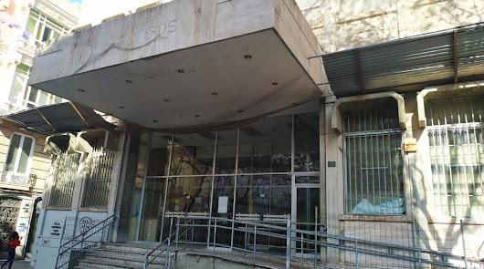 El Ayuntamiento se queda con el edificio de Correos de la Plaza Juan Cassinello