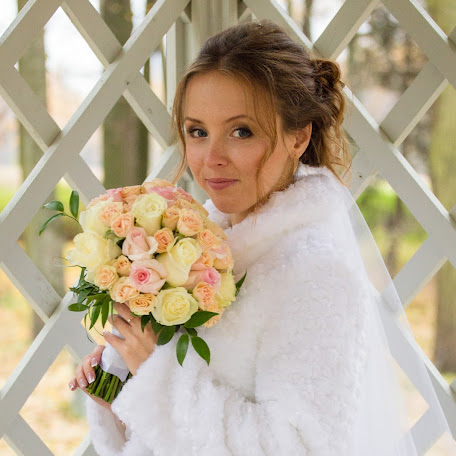 Wedding photographer Alena Kormschikova (Kormschikova). Photo of 24.05.2016