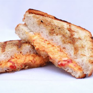 Grilled Pimento-Cheese Sandwiches