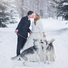 Wedding photographer Stanislav Uvarov (StasUvarov). Photo of 17.02.2015
