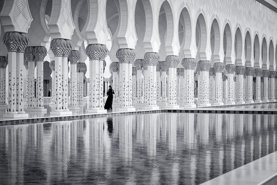 by Marco Parenti - Black & White Buildings & Architecture ( black and white, woman, mosque, abu dhabi, people )