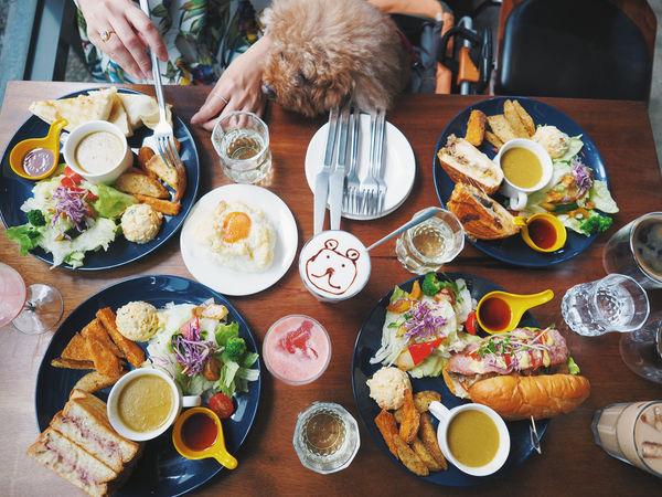 Café Muah 寵物友善餐廳│台中,古巴三明治有著濃濃的乳酪起司,丹麥吐司酥脆的好好吃!