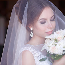 Wedding photographer Nadya Popova (Iva87). Photo of 13.02.2016