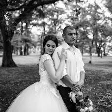 Wedding photographer Lina Kovaleva (LinaKovaleva). Photo of 01.07.2018