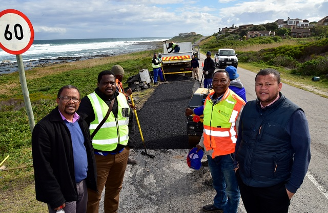 Nelson Mandela Bay roads and transport committee members and councillors, from left, Tommy Faltain, Kabelo Mogatosi, Walter Shaidi and Mxolisi Breakfast, on Wednesday visited some of the roadworks being done in the city, including the Ironman route.