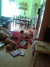 Photo: napi program: anya főz, Bori Szaffit néz