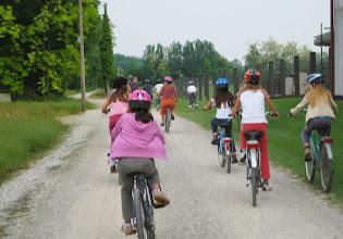 Photo: Giro in bici nei campi