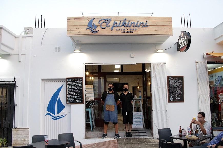 Profesionales de hostelería de Pikinini en Las Negras.