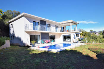 Villa 8 pièces 250 m2