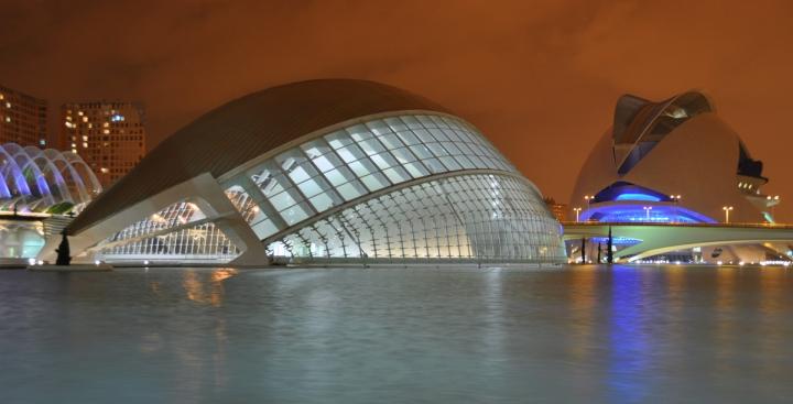 Valencia by night di ciubecca