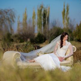 Oxbow by Lood Goosen (LWG Photo) - Wedding Bride ( bride, wedding dress, hair, wedding photography, wedding photographer, wedding photos destination, weddings, wedding day, style, wedding photographers, wedding, brides )