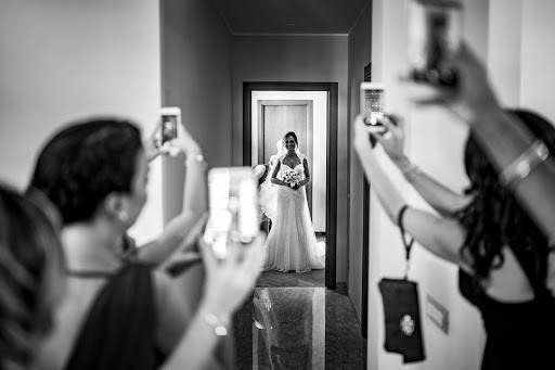 Wedding photographer Leonardo Scarriglia (leonardoscarrig). Photo of 27.10.2017