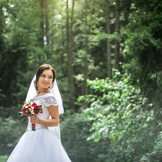 Wedding photographer Alla Zasinec (zay-foto). Photo of 17.08.2017
