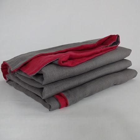 Grå Rött påslakan i linne