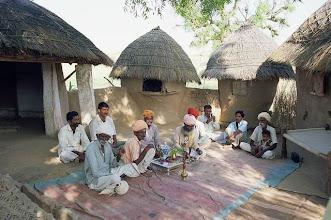 Photo: Cérémonie de l'opium dans une famille Bishnoï