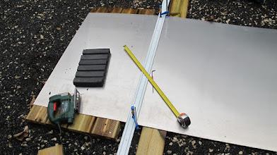 Photo: Découpe dans une tôle d'alu de 1000x2000x1,5mm