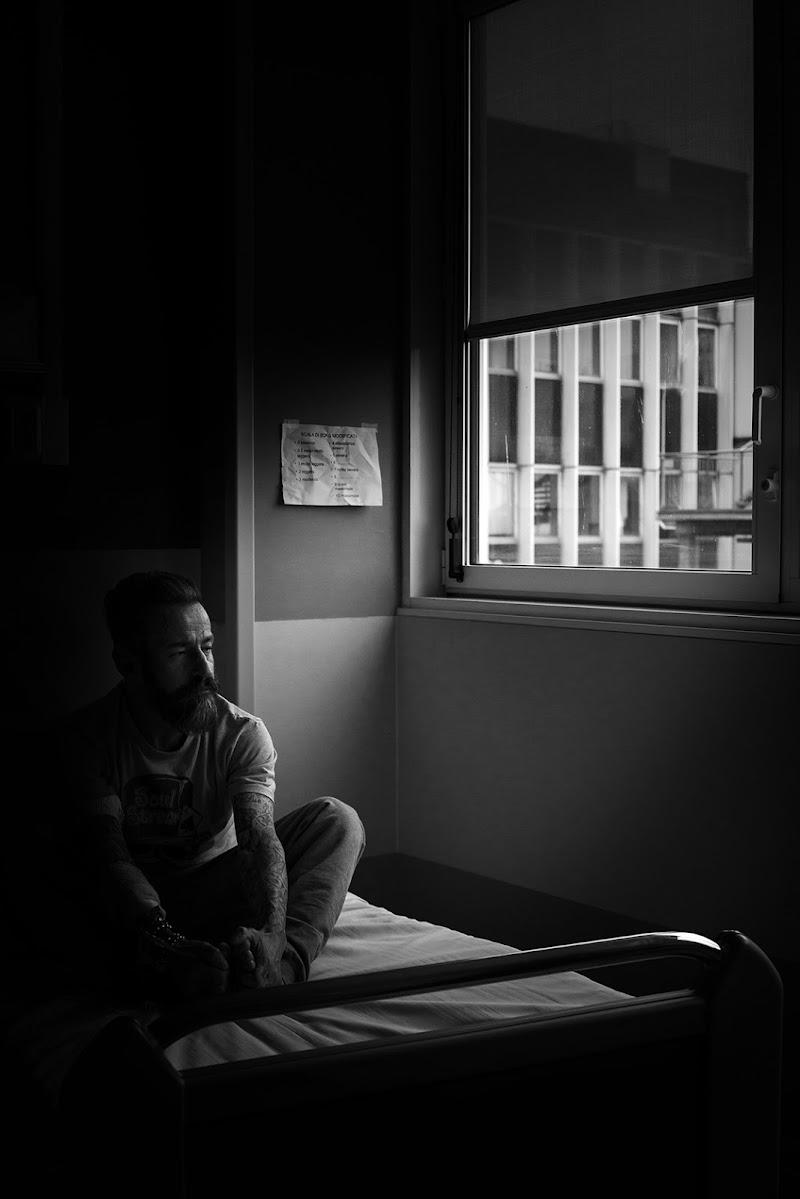 In attesa di luce di Salvatore Massaiu
