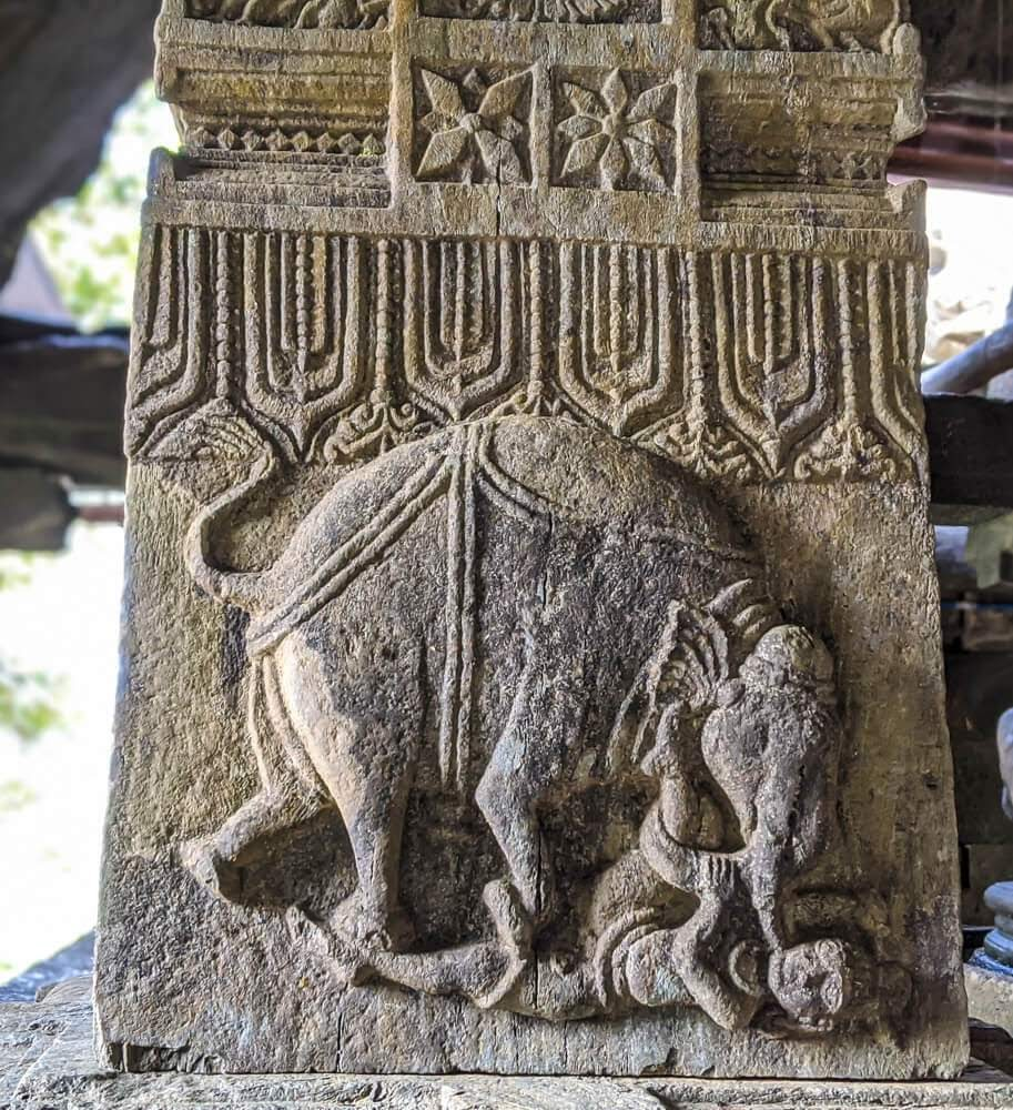 carved pillars of bheemeshwara temple shimoga