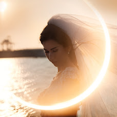 Wedding photographer Petia Emilova (smailka). Photo of 18.09.2018