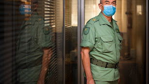 El general Melchor Marín, fotografiado durante una visita a las instalaciones del grupo de comunicación de La Voz de Almería