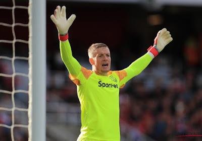 🎥 Doelman Engelse nationale ploeg raakt slaags met Newcastle-fans, club start onderzoek