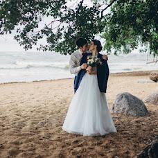 Wedding photographer Anastasiya Volodina (nastifelicia). Photo of 10.04.2017