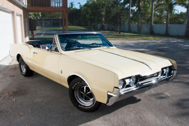 1967 Oldsmobile Cutlass Supreme Hire FL