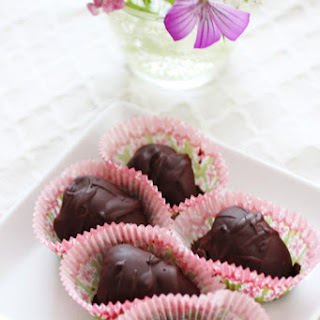 Peanut Butter Filled, Chocolate Covered Strawberries!