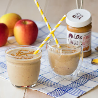 Apple Peanut Butter Smoothies