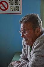 Photo: Seu Bilé, o Mané Pequeno, dono do bar da Vila Verde. Já foi um dos principais forneiros do Engenho, passando o conhecimento através das gerações