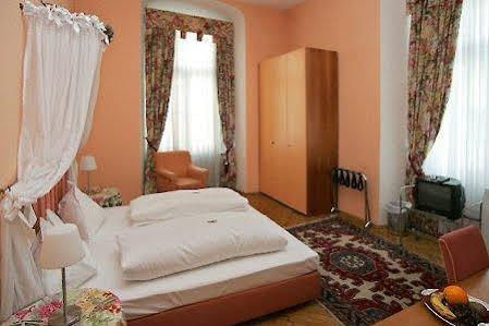 Apartments Hotel zum Dom