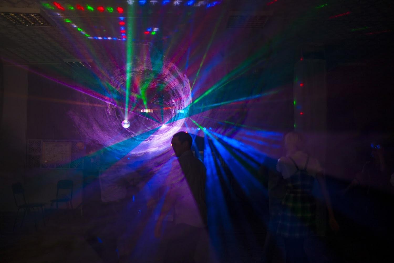 угол как фотографировать лазерное шоу поэтому