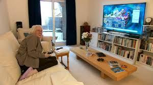 Kuvahaun tulos haulle senior gamer