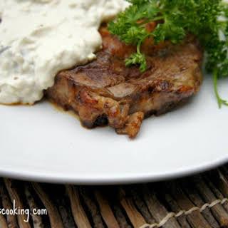 Alfredo Smothered Steaks.