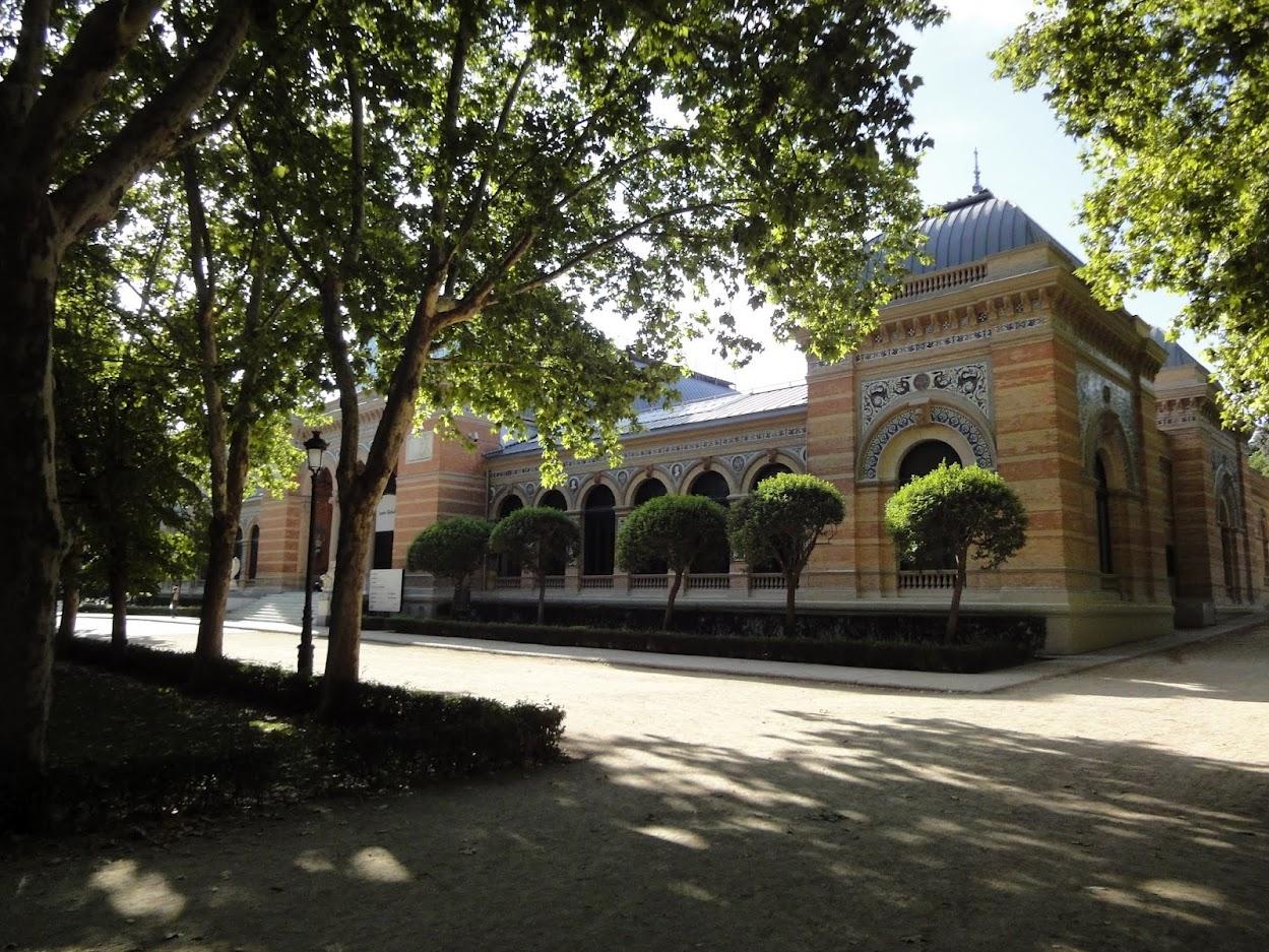 Palais de Velazquez dans le Parc del Retiro à Madrid