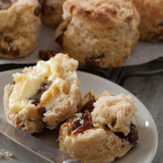Fluffy Date & Buttermilk Scones