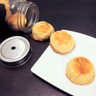Quick & Easy Coconut Macaroon Cookies Recipe