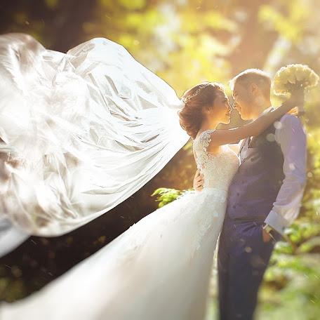 Fotógrafo de bodas Valeriya Vartanova (vArt). Foto del 17.12.2017