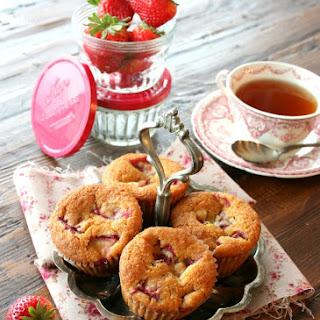 Strawberry Orange Almond Muffins – vegan.