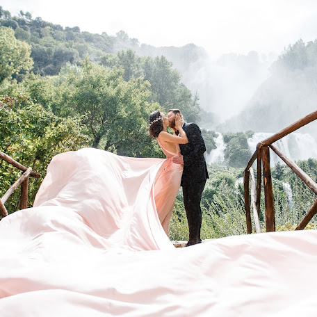 Wedding photographer Marina Fadeeva (Fadeeva). Photo of 17.03.2017