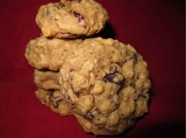Oatmeal Surprise Cookies Recipe