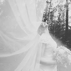 Wedding photographer Darya Kopcevich (daryaKP). Photo of 06.12.2013