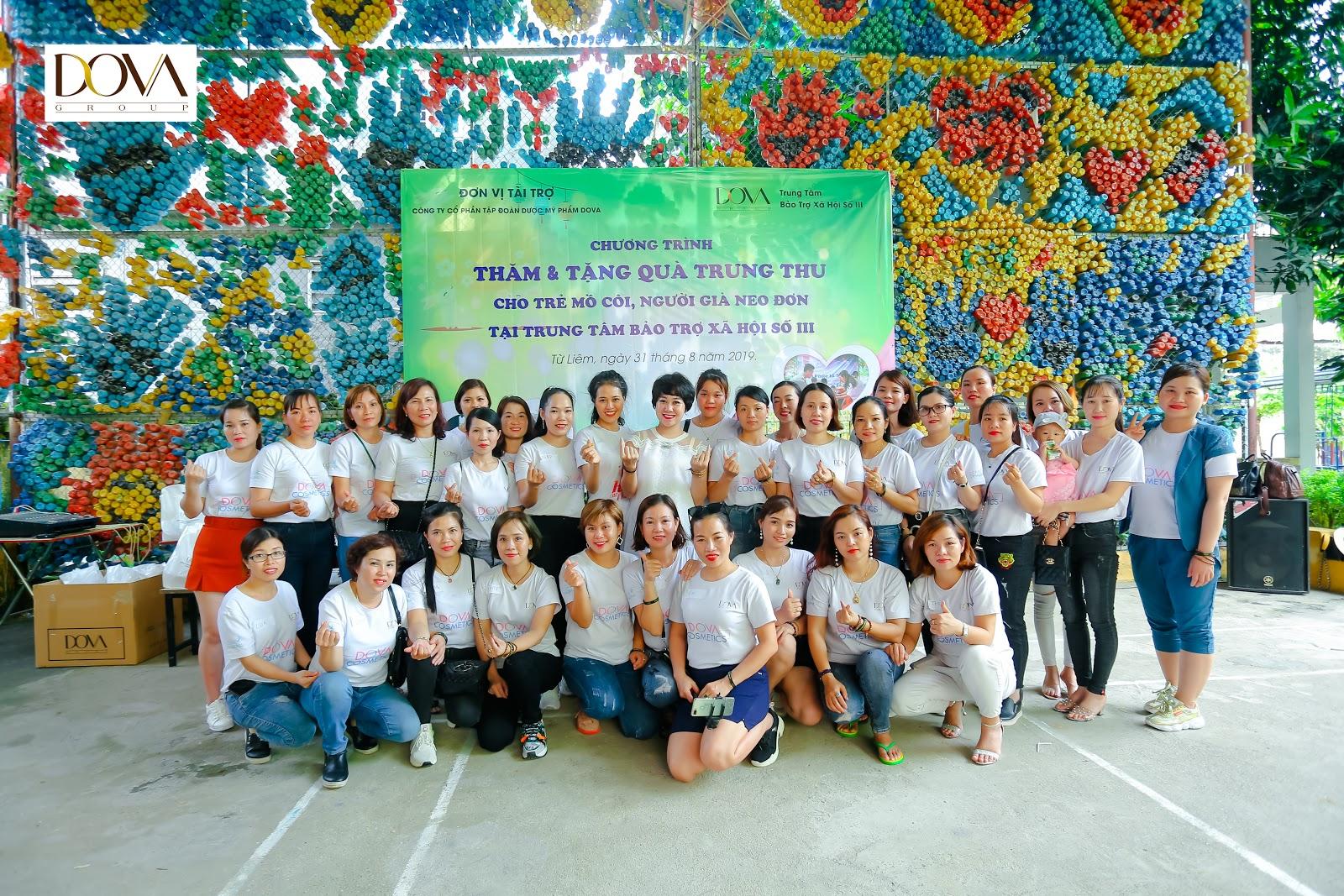 Tập đoàn Dova trao hơn 500 suất quà cho người già neo đơn, trẻ mồ côi, khuyết tật - Ảnh 3