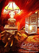"""Photo: www.pandoramichelelorenz.com/  Majestätische Pracht, verschwenderischer Luxus, Wohlstand und Reichtum ganz im Stil von Dubai!  Maharaja Wüstenzelt mit Luxus Palast Deko Ausstattung, für """"Emirates Sky Cargo"""" - Sommer Event 2013, nähe Wiesbaden!  """"Exklusive orientalische, indische, asiatische, ... antike Luxus Dekorationselemente, kostbare Möbelstücke & edle Wüstenzelte, ..., ein absoluter Muss für hochkarätige Events zu diesen Themen!""""  Eleganz und purer Luxus auf höchstem Niveau und für besonders hohe Ansprüche!  Exklusive, erlesene Kostbarkeiten! Prachtvolle Einzelstücke und Raritäten!  Eine wahrlich königliche Entdeckungsreise und ein einzigartiges Entspannungs- & Verwöhnerlebnis für die Sinne!  Tief verborgener, faszinierender Zauber der geheimnisvollen Kulturen, Traditionen und der warmherzigen Gastfreundschaft, des fernen Orients, Indiens, Asiens, ...!  Kunsthandfertigkeiten wie aus den Zeiten der Sultane, Maharadjas und der Shah`s, des mystisch, verträumt und verspielten Orients und Indiens, in ihrer ganzen königlichen Pracht und lebensbejahendem Farbenvielfalt, inspiriert durch die außergewöhnlich schöne und artenreiche Natur in diesen Ländern! Feinste, unglaublich aufwendige Handarbeit bis ins kleinste Detail, mit unter anderem Perlmutt-, Spiegel-, Glas & Mosaikintarsien, Ornamenten mit diversen Verzierungen, ..., welches ihres gleichen sucht!  Original antike Dekorationselemente, kostbare 24 Karat vergoldete Palast Möbel & Geschirr, edle Beduinen und Maharaja Deko-Wüstenzelte, traditionelle 1001 Nacht Lounge Bereiche, riesige drehbare ägyptische Wasserpfeifen - Shishas mit einer Höhe von 110 cm und leckerem Geschmackstabak, orientalische Teezeremonie mit antikem, handgemeisseltem echt 24 Karat Gold & Silber Teegeschirr, wunderschöne, seltene Samoware, frische Datteln, köstliche Gebäckspezialitäten, ...!  Verleih, Vermietung, Verkauf!  Ein absoluter Muss und eine einzigartige Möglichkeit wunderschöne, gezielt ausgewählte, kunstvoll und in aufwendiger """
