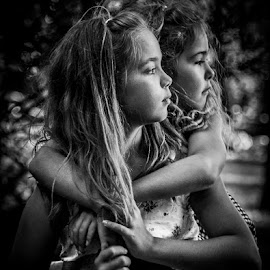 Sisters 2 by Michael Haagen - Babies & Children Child Portraits ( b&w, children, sisters, friends, punch )