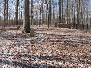Photo: Old Guide's Cemetery