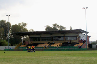 Photo: 19/09/09 v Wolves Casuals (FAV2QRd) 2-5aet - contributed by Gary Spooner
